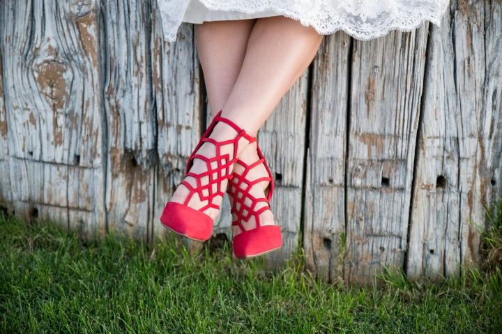 wedding planning design decor inspo real local New Mexico Perfect Wedding Guide couple bright color blue orange red hot air balloon love heels red shoes bridal lace details natural rustic greenery outdoor