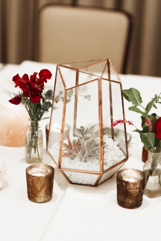 wedding planning tablescape greenery real plants air plants cacti rose desert styled design detail gold accents candle light photography