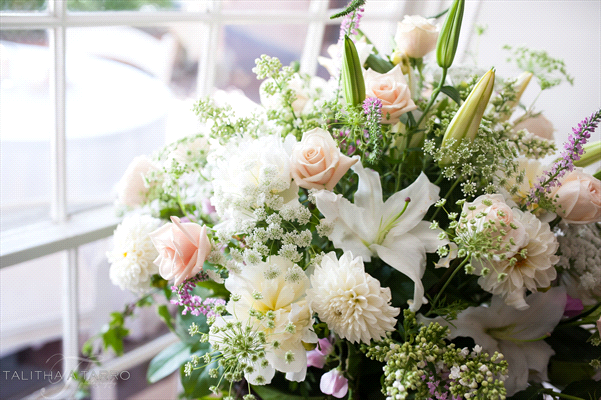 Perfect Wedding Guide wedding planning design inspiration budget floral bouquet arrangement New Mexico Albuquerque greenery Santa Fe flowers natural organic local spring lilies calla lily traditional white green pink rose purple