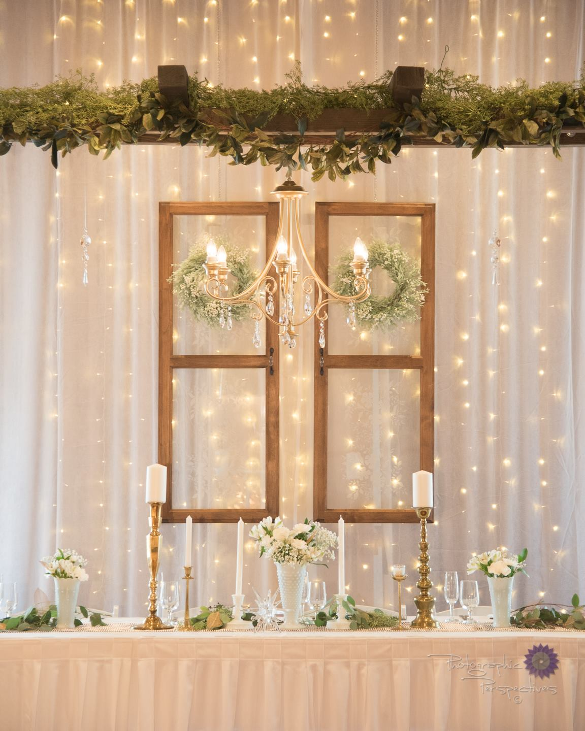 Perfect Wedding Guide planning design inspo ceremony inspiration marriage wedding vows celebration engaged planner tips tricks tablescape decor event New Mexico Albuquerque Santa Fe vintage decor gold greenery natural greek chic elegant trendy