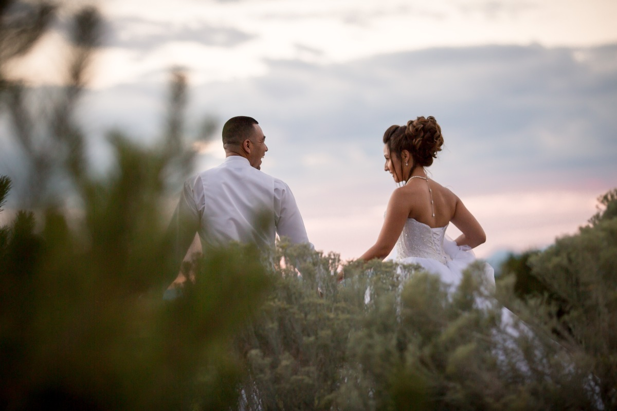 Real, Regal Wedding at the Event Center at Sandia Golf Club