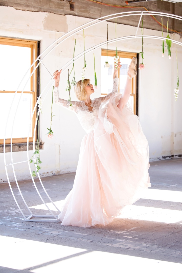 Banque Loft Ballerina Shoot by Local Wedding Photographer