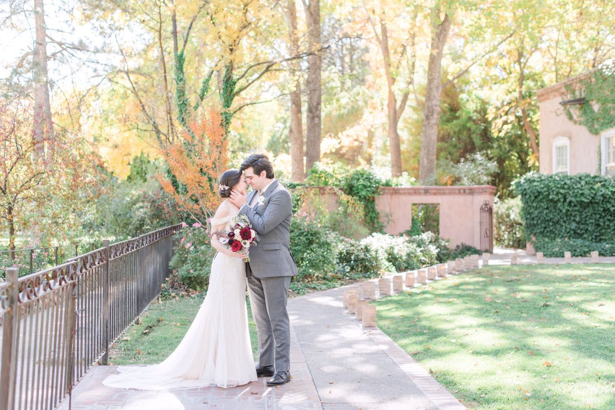 There's No Place Like Home: A Fall Wedding with Maura Jane Photography