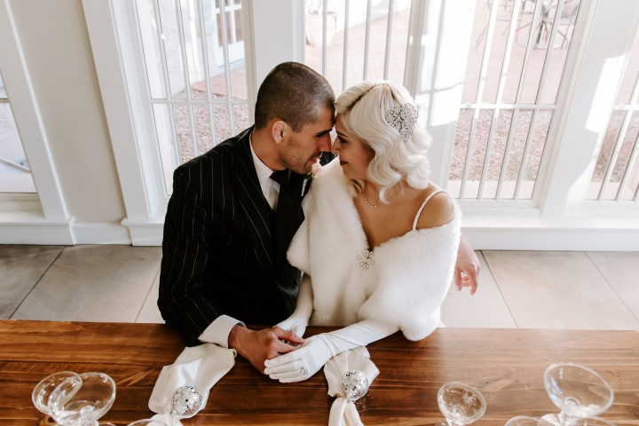 How to Have a Modern 20's ThemedWedding