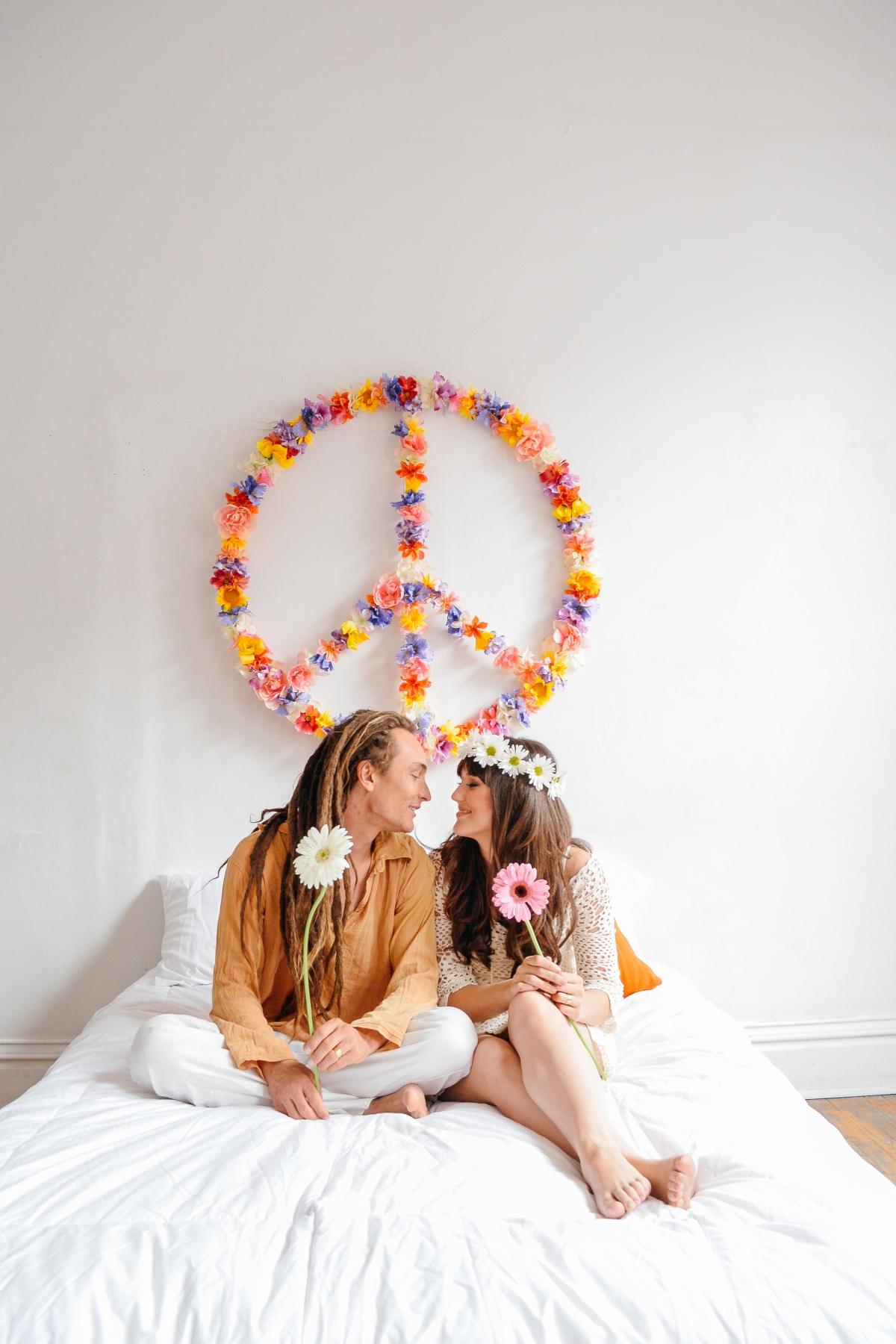 In a World of Peace and Love: A Styled Shoot with Lillabella Photography